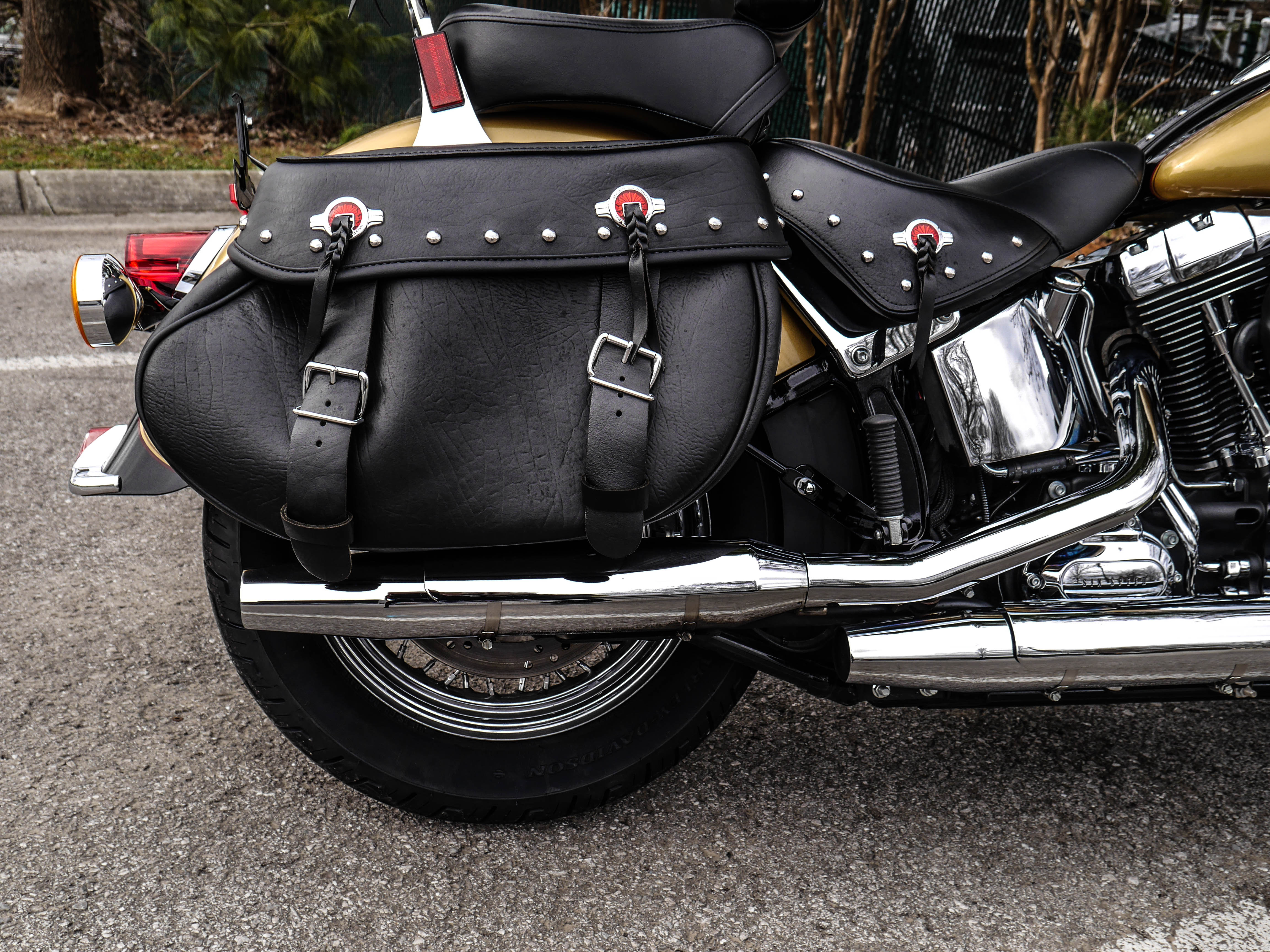 Pre-Owned 2017 Harley-Davidson Heritage Softail Classic in