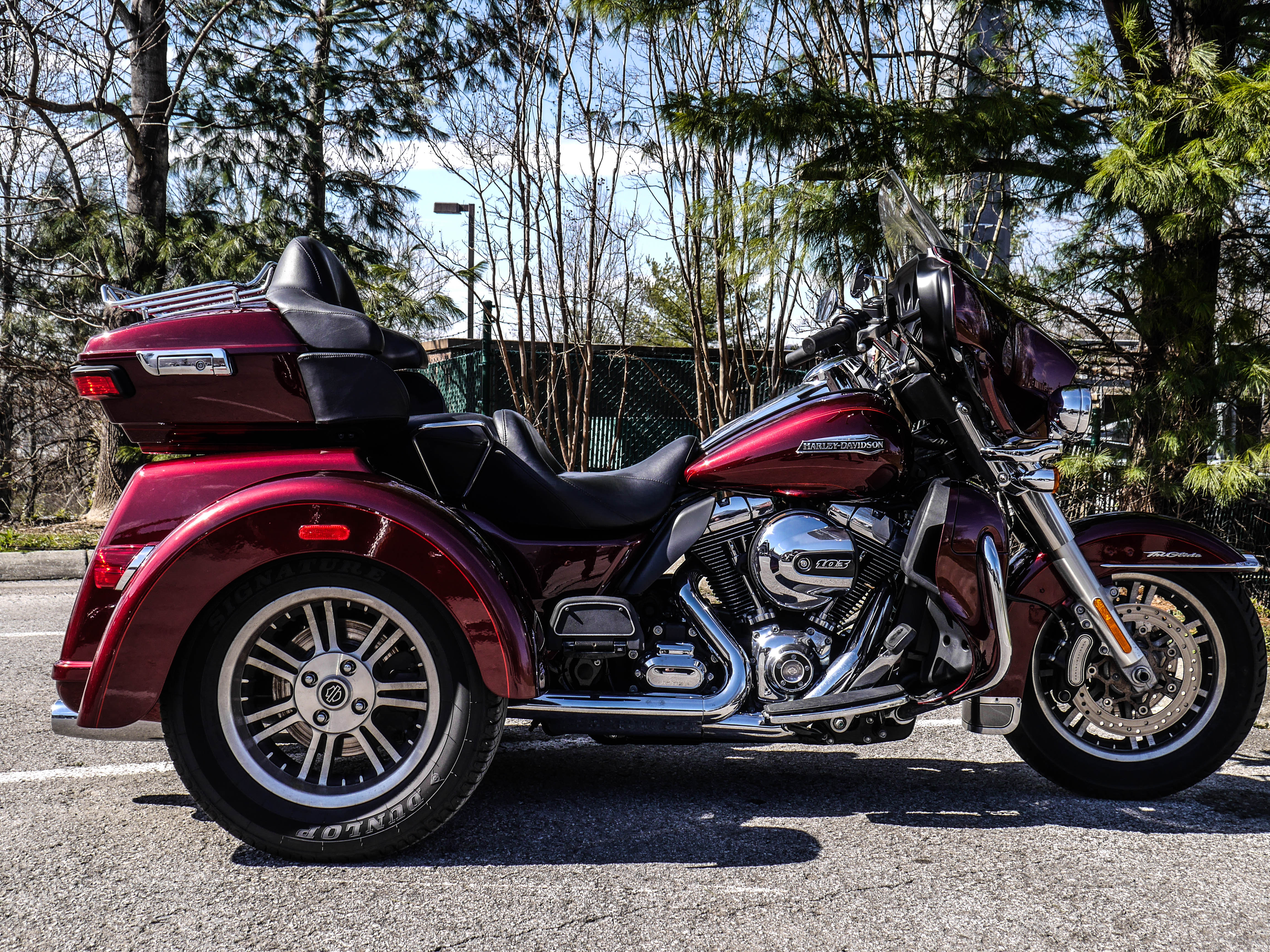 Pre-Owned 2015 Harley-Davidson Touring Tri Glide Ultra Classic